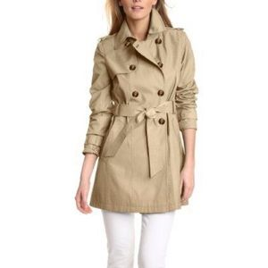 Tommy Hilfiger trench coat in size M